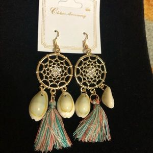 Gold Fringe Shell Dreamcatcher Earrings